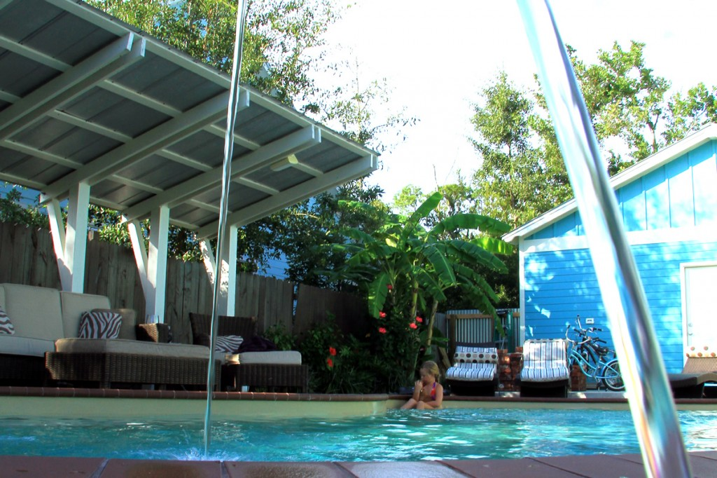 Pools are great additions to custom homes in Waveland, Bay St. Louis, Pass Christian. Long Beach and Gulf Port.